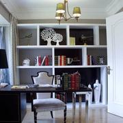 现代简约风格的书房