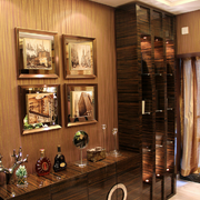 温馨的客厅照片墙