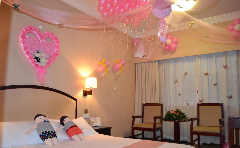 141平米 中式婚房布置 图片装修 效果图 齐装网装高清图片