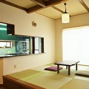 日式风格的传统地台