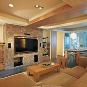 客厅原木色的沙发茶几