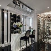 现代时尚的吧台酒柜