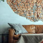 客厅粗糙的沙发背景墙
