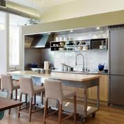 房屋厨房餐厅一体化