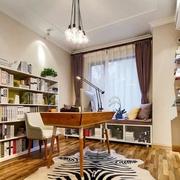 书房精致的书柜