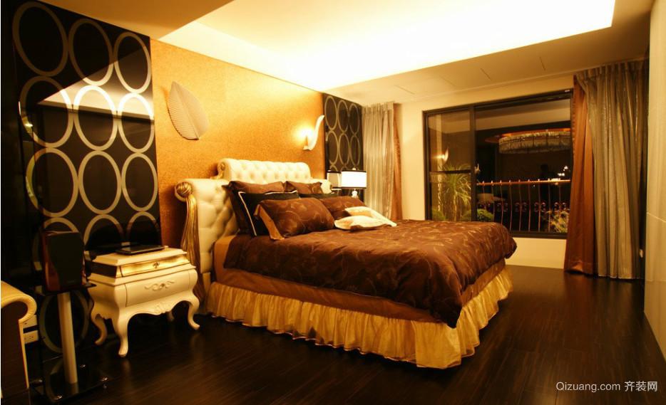 色彩丰富的别墅卧室壁纸装修效果图
