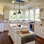 开放式现代厨房橱柜