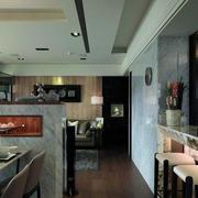 现代化的瓷砖吧台