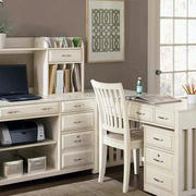 白色舒适的家具