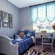 卧室条纹壁纸图片