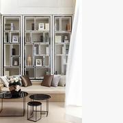 舒适的家居书房书架