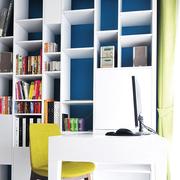 白色简约的书房