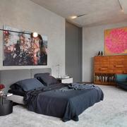 工业风格的大卧室