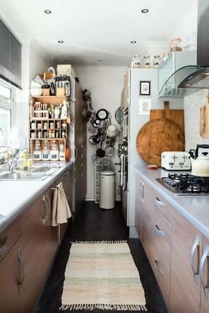 后现代风格厨房餐厅装修效果图
