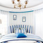 蓝白清爽卧室装饰