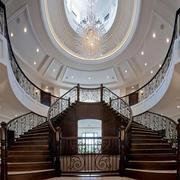 大户型气派的楼梯