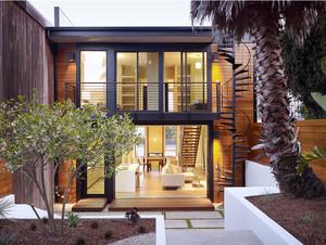 家居阳台楼梯设计