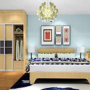 卧室床头蓝色背景墙