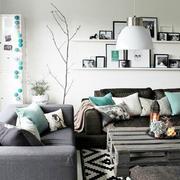 别墅客厅置物架设计