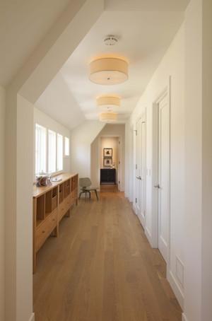 朴实不失华丽的走廊吊顶装修效果图