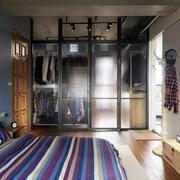 男士小公寓卧室图
