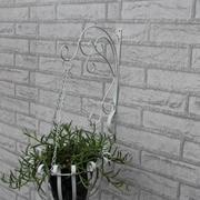 轻巧便利的阳台花架