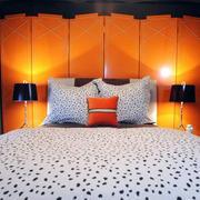 卧室温馨黄色背景墙