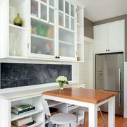 宜家实用的厨柜展示
