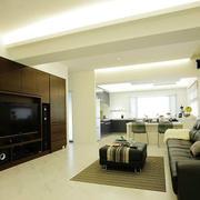 黑白相间的客厅沙发