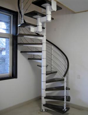 旋转家居楼梯