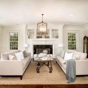 复式楼白色优美客厅