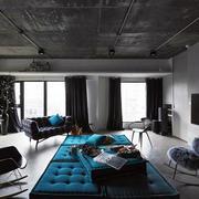 别墅具有工业风的客厅