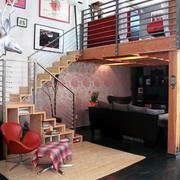 复式楼精致现代楼梯