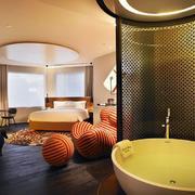 酒店浴室隔断图