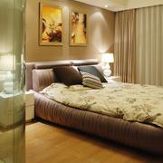 卧室榻榻米床头装饰画