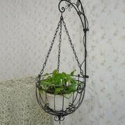 造型优美的阳台花架
