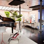 大户型家庭娱乐室图片