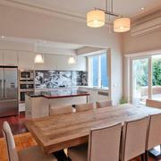 优雅气质的别墅厨房