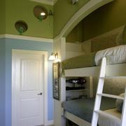 绿色清新的高低床