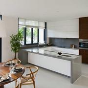 公寓摩登开放式厨房