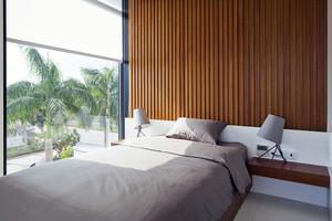 公寓视野宽广的卧室