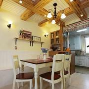 木屋家居餐厅吊顶