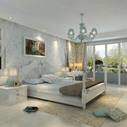 干净整洁的白色卧室