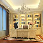 呈现富贵的书柜