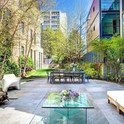 大户型都市复式楼庭院