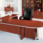 流行时尚的转角办公桌