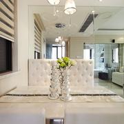 餐厅白色餐桌图