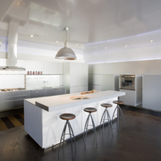 厨房白色简约吧台展示