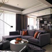 客厅空间沙发茶几摆放