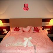 婚房卧室床展示